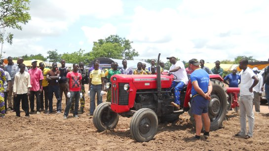 Bénin Tracteurs devrait livrer ses premiers tracteurs d'ici janvier